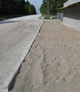 Lane Curb